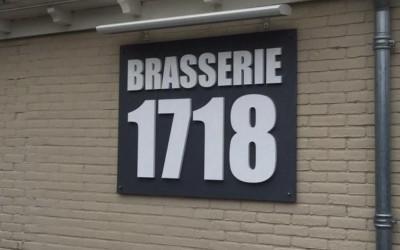 1718 Brasserie lichtreclame W&O