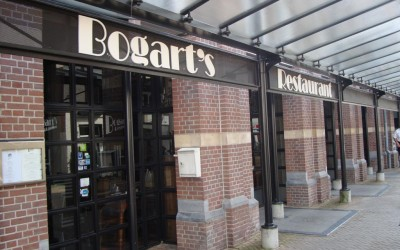 Bogarts freesletters W&O lichtreclame