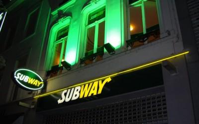 SUBWAY W&O lichtreclame gevelverlichting neon