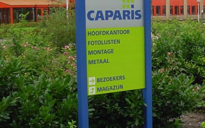 caparis frame