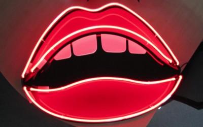 lips neon