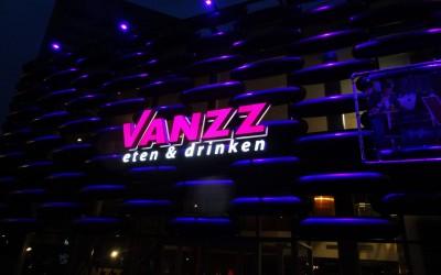 vanzz-eten-drinken-dark