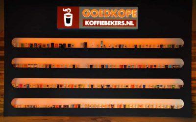 Lichtreclame-goedkopekoffiebekers-sigining