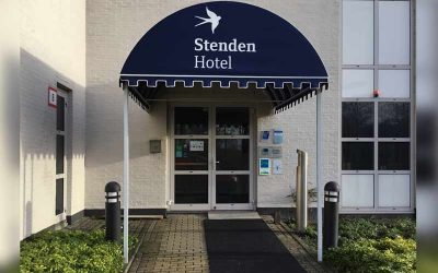 Stenden hotel luifels wenolichtreclame