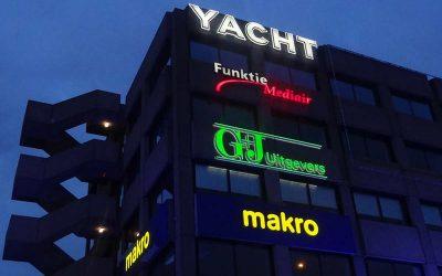 yacht-makro-zuidpark-lichtreclame