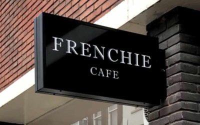 wenolichtreclame-uithangbord-frenchiecafe